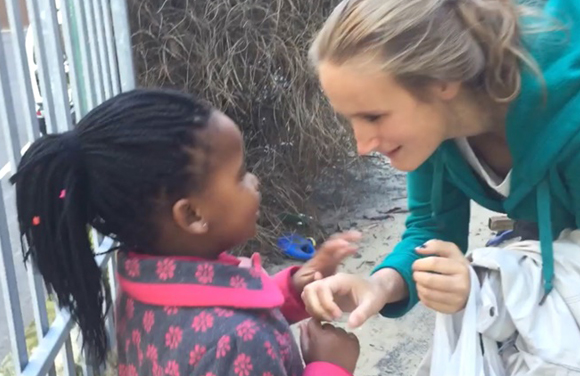 (video) Volunteering project in Capetown - Aline